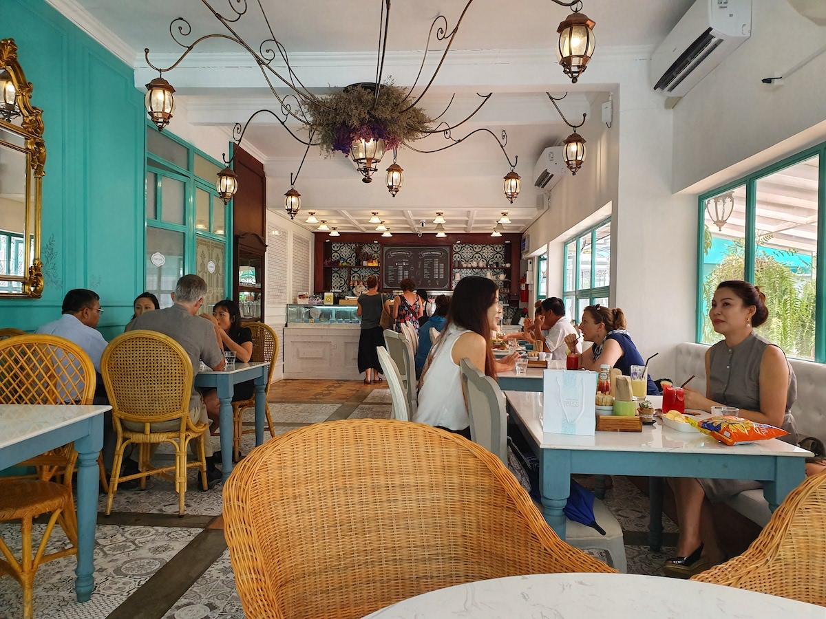 Annabelle Cafe Vientiane, Laos