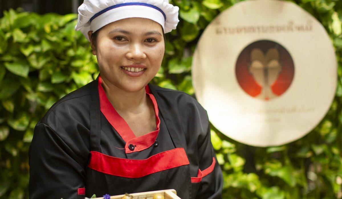 (English) Laos' Top Chef